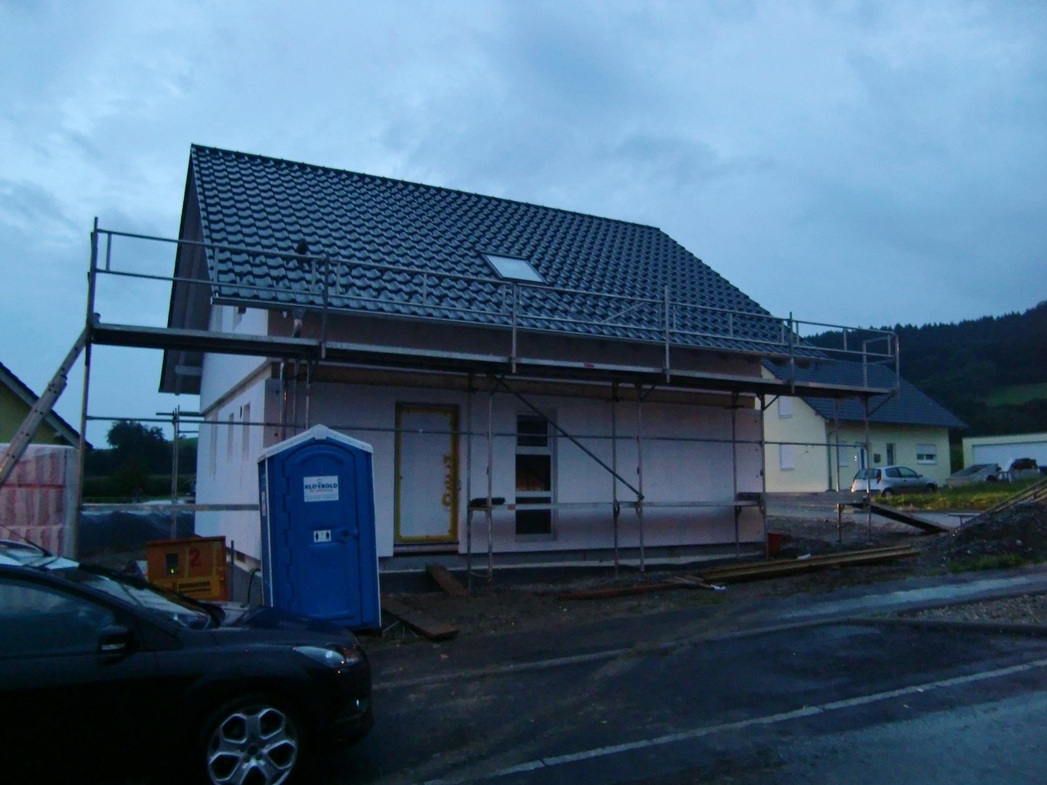 Das Haus von der Nordseite mit Dachflächenfenster